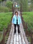 Anita staat los op een hangbrug!!!